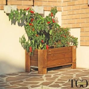 Fioriere in legno. Fioriera in legno da esterno GardenBox a terra large color castagno 81 x 64 x 40 cm dettaglio 1559