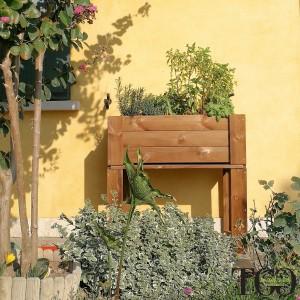 Fioriere in legno. Fioriera in legno da esterno GardenBox rialzata color castagno 81 x 44 x 80 cm dettaglio 1564