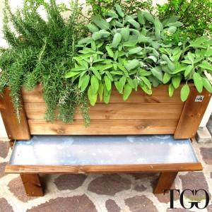 Fioriere in legno. Fioriera in legno da esterno GardenBox rialzata color castagno 81 x 44 x 80 cm dettaglio 1634